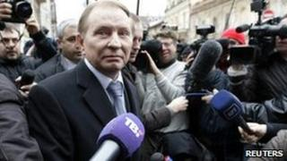 Leonid Kuchma arrives at the prosecutor general's office in Kiev. Photo: 23 March 2011