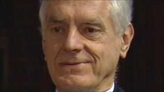 Prof Stephen Salter