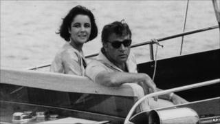 Elizabeth Taylor and Richard Burton in 1962