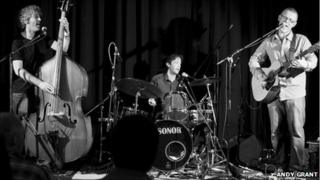 Andy Grant Trio. Copyright of Andy Grant.
