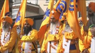 Sikh procession through Rochester