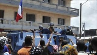 French patrol in Abidjan, 12 April