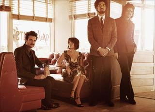 (L-R) Daniele Luppi, Norah Jones, Danger Mouse, Jack White. Photo courtesy of Frank W Ockenfels