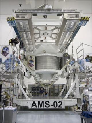 AMS in preparation at KSC (Nasa)