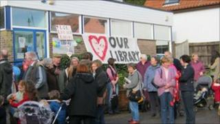 Protests against library closures in Eye