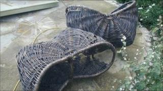 Bronze baskets
