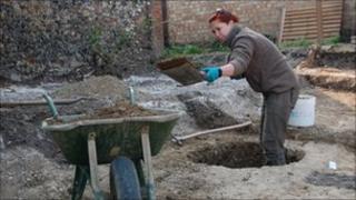 Anna West, Suffolk Archaeological Service