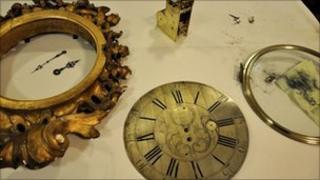 Clock bits