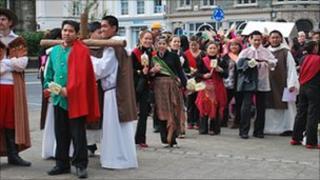 Preparing for the procession for Santo Niño in Tavistock in 2010.