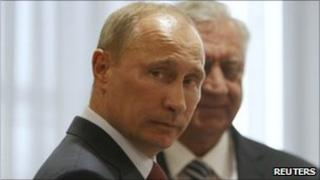 Russian Prime minister Vladimir Putin (left) in Minsk with his Belarusian counterpart, Mikhail Myasnikovich, 19 May