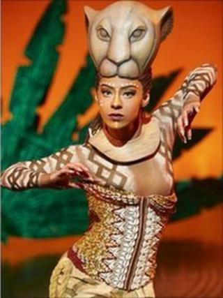 Ava Brennan as Nala