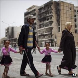 Libyan family in war-torn Misrata, 22 May 11