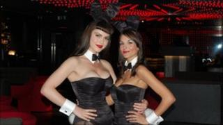 Croupier Bunnies Sara (l) and Teresa