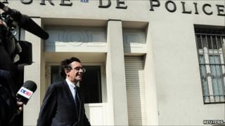 Former French minister Luc Ferry leaves the Police Prefecture in Paris after being interviewed, 3 June 2011.