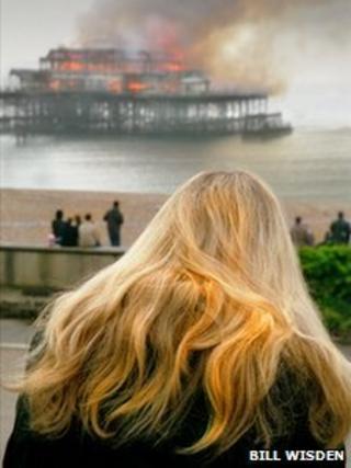 Bill Wisden's picture of the Brighton Pier fire