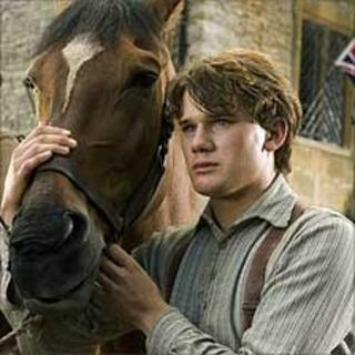 Jeremy Irvine with 'Joey' in War Horse