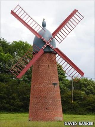 Haigh windmill (photo by David Barker)