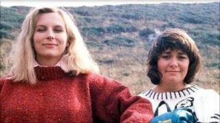 Jennifer Saunders and Dawn French in the Comic Strip
