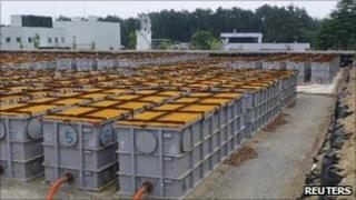 Storage tanks for radioactive water