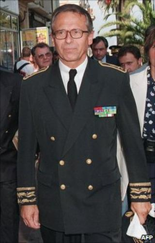 Corsican police prefect Claude Erignac (undated image)