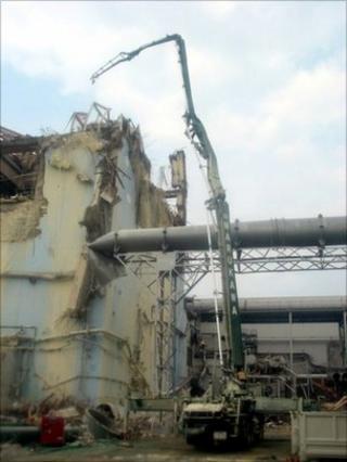 Fukushima reactor building