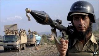 Pakistani soldier in Kurram tribal region (9 July 2011)