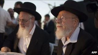 Rabbi Dov Lior (R) and Rabbi Yaakov Yosef in Jerusalem 4 July 2011