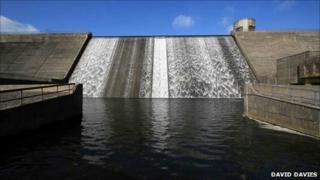 Dam at Llysyfran reservoir - photo David Davies