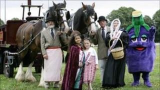 Attractions at The Land O'Plums Chase in 2010, pic courtesy of Wychavon District Council