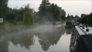 Oxford canal at Cropredy