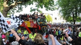 Swansea City bus parade