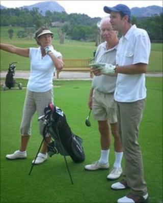 Sebastian Steinzen playing golf on holiday with Patrick Burns