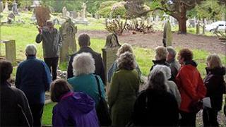 A walking tour though Darwen Cemetery