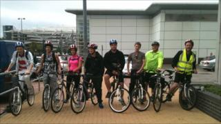 Members of the UsUnLtd cycle team in Cardiff Bay