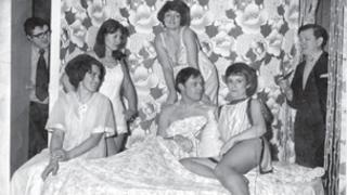 Cast of Move over Mrs Markham in the 1970s