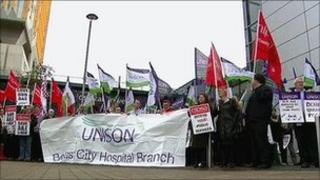 Union members protest outside Belfast City Hospital