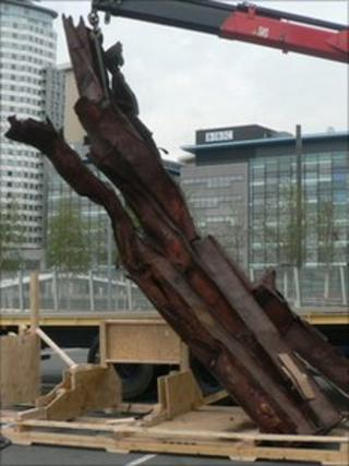 The one-tonne twisted piece of steel from Ground Zero
