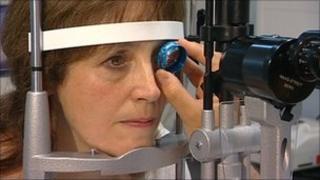 Julia Hawkins having her eyes tested