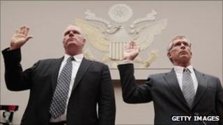 Solyndra CEO Brian Harrison (L) and CFO Bill Stover (R) are sworn in