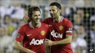 Michael Owen (left) and Ryan Giggs