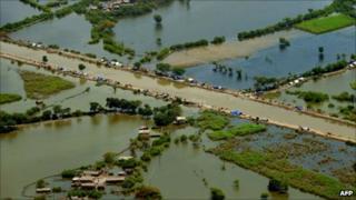 Flood affected areas in Badin, 23 September 2011