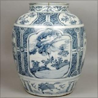 The Ming jar