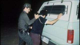 Illegal immigrant arrested by US police officer