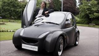 Hugo Spowers with hydrogen-powered car