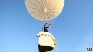David Hempleman-Adams in a gas balloon in 2009