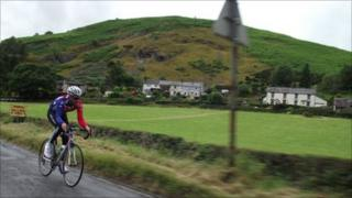 A cyclist on the Etape Cymru route