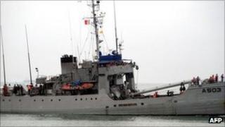 A Nigerian navy ship (29 September)