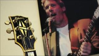 Richard Gere guitar auction