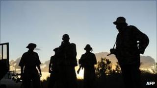 Kenyan troops near the Somali border