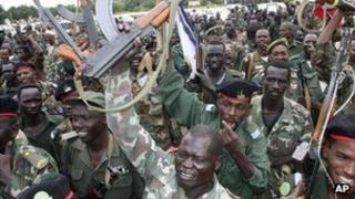 Sudanese soldiers in Damazin (September 2011)